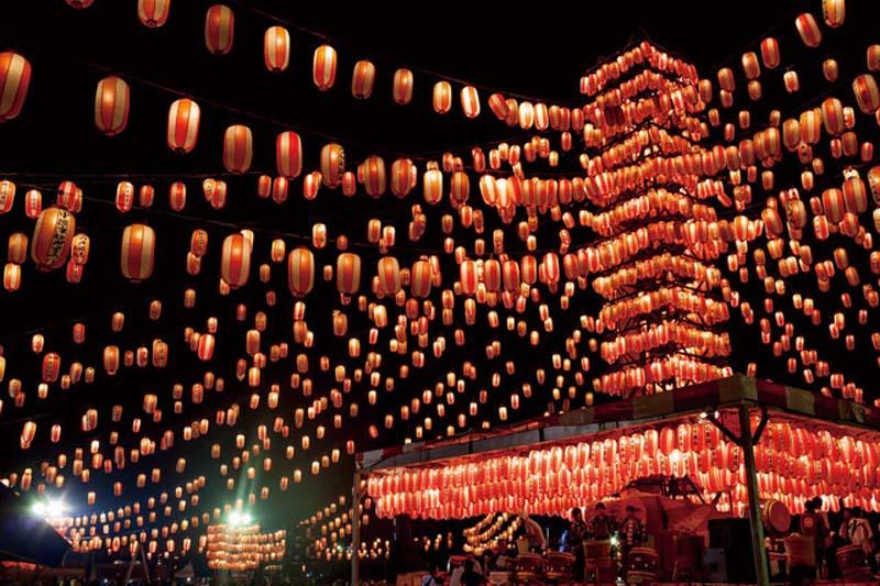 Đèn lồng trong lễ hội