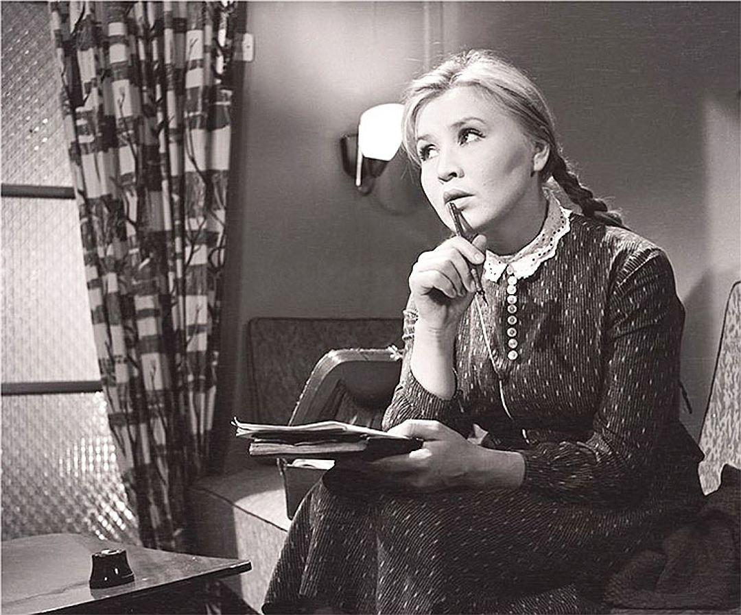 Фильм «Приходите завтра» стал главной картиной для Екатерины Савиновой, прославив ее в 1962 году на весь СССР Фото: кадр из фильма
