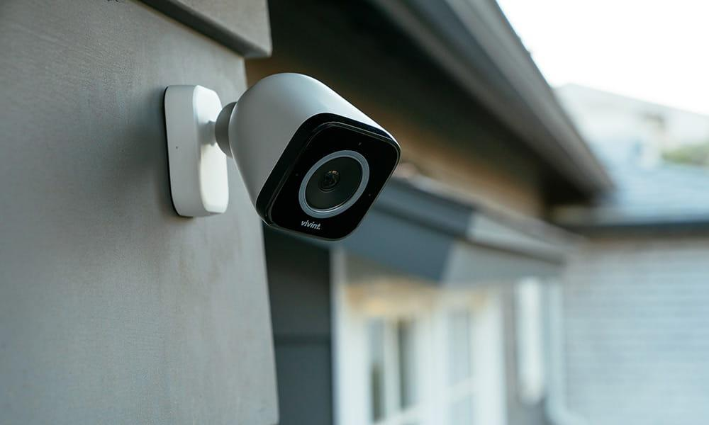 C:\Users\Stefan\Downloads\vivint-outdoor-camera-pro-front-house-closeup.jpg