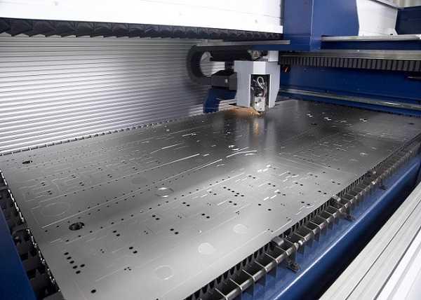 Cắt CNC kim loại tại TpHCM
