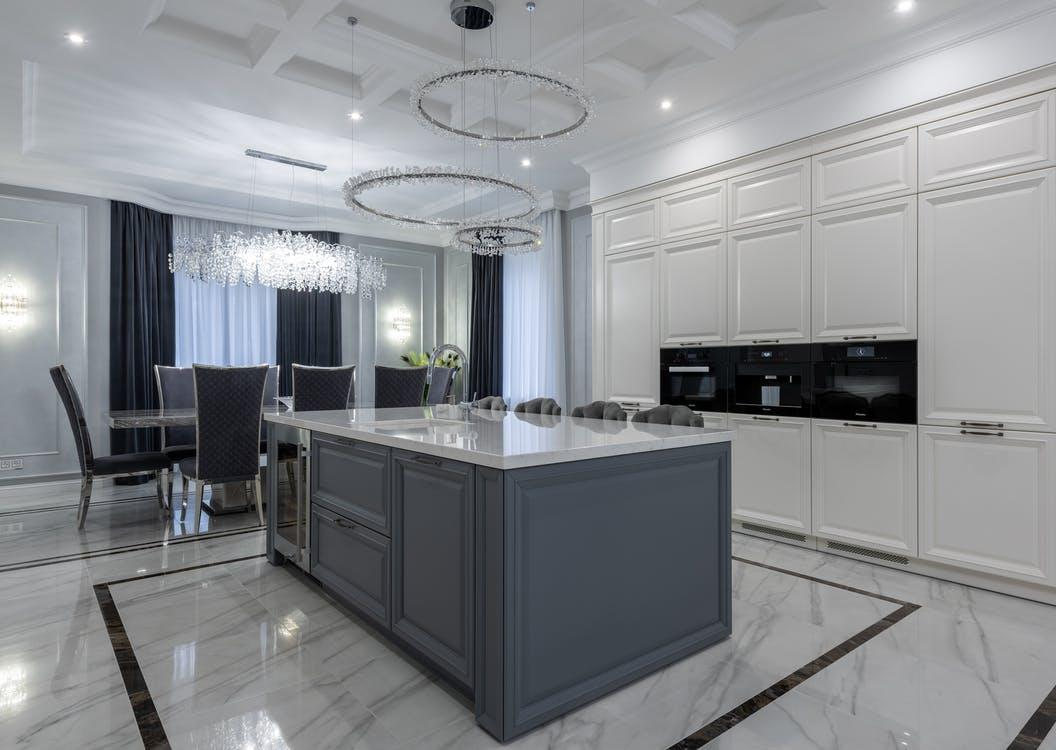 Marble and Porcelain Tiles in a North Dakota Home