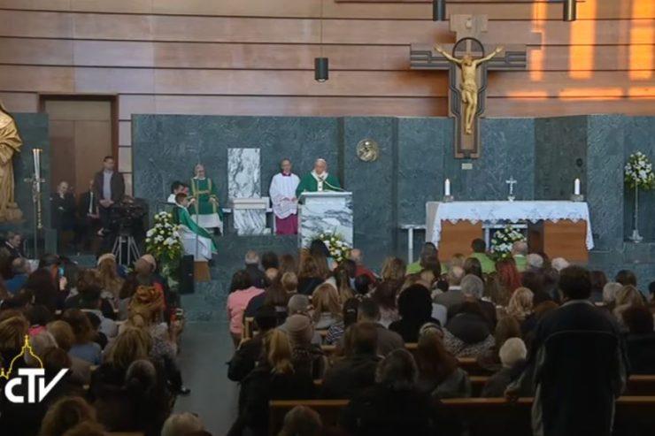Buổi nói chuyện trực tiếp của Đức Thánh Cha với thiếu nhi, các hội đoàn khác tại Giáo xứ Thánh Mary Josephine Thánh Tâm Chúa Giê-su thuộc Roma