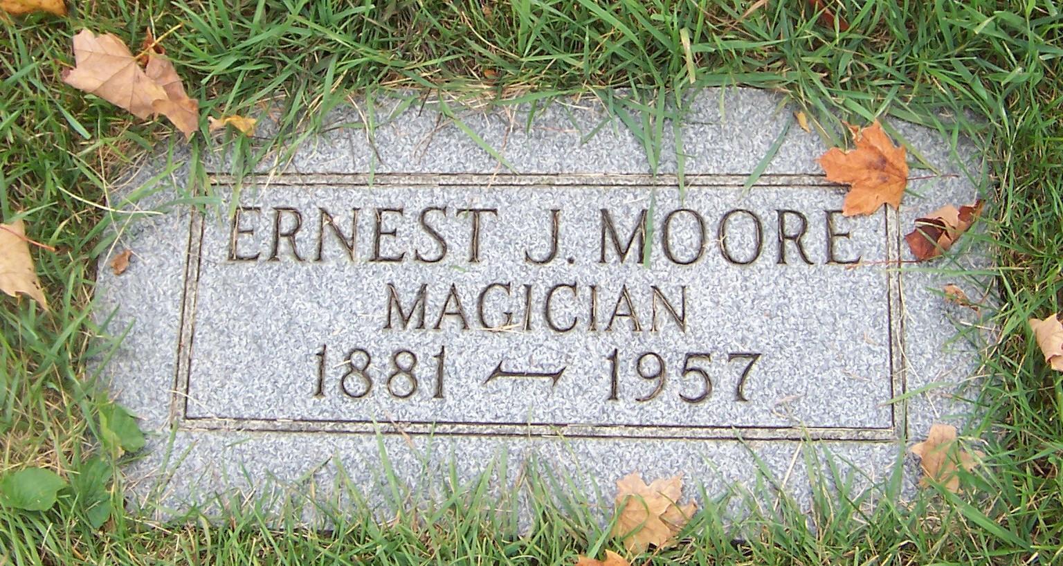 Grandpa EJ Headstone.jpg