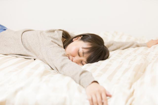 ④ベッドがすぐそこ!いつでも寝れる!