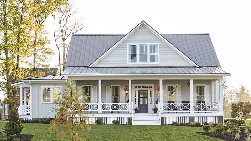 Desain farm house memiliki desain yang minimalis - source: housplans.southernliving.com