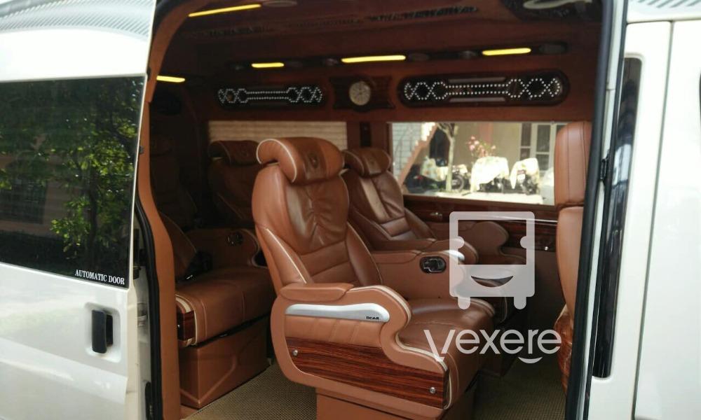 Nội thất xe Sapa Vip Limousine đi Sapa từ Hà Nội