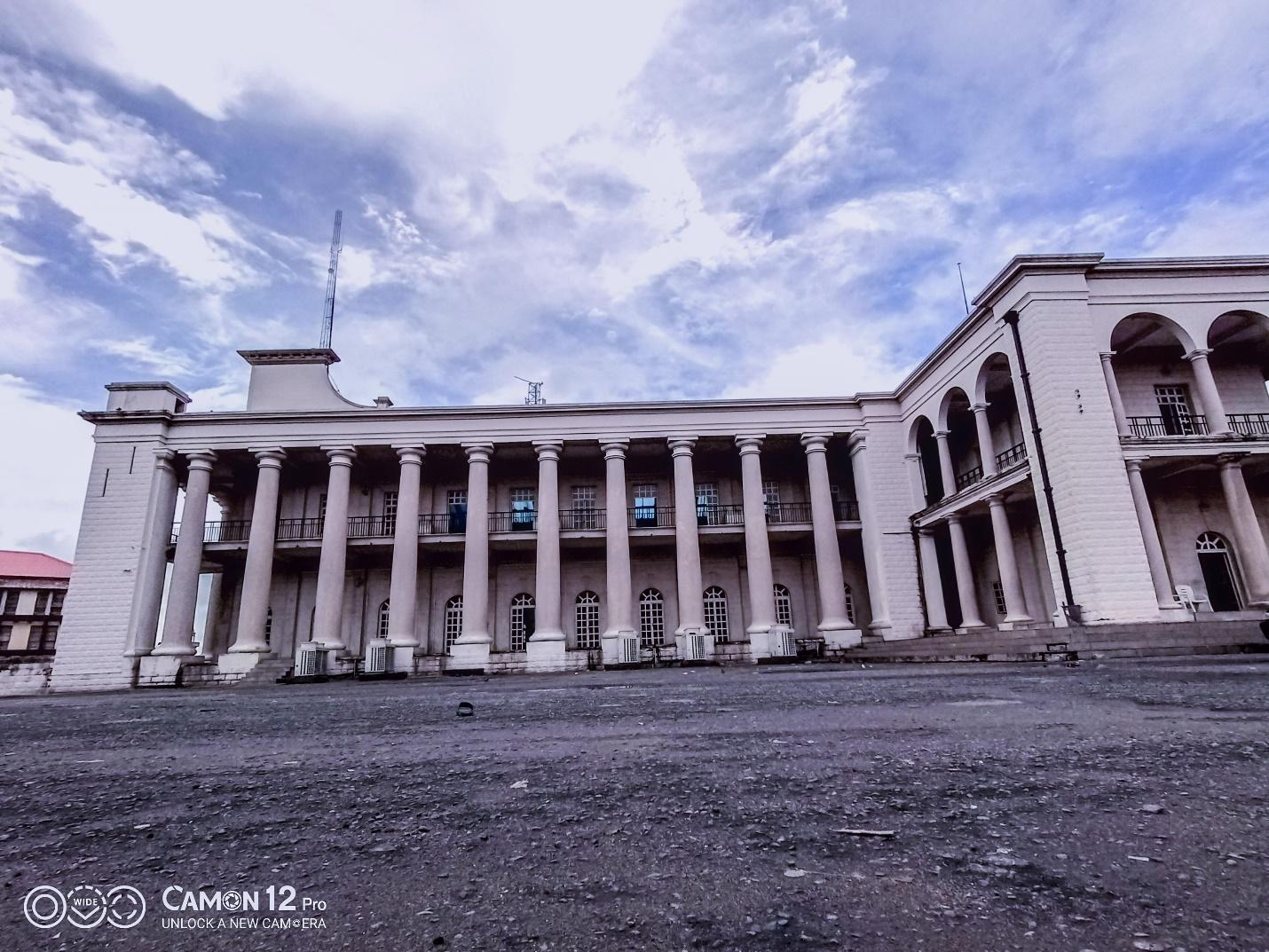 C:\Users\user\Desktop\Camping pictures on Camon 12\wide angle picture of Mapo Hall.jpg