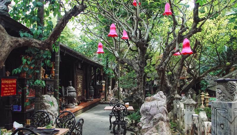 Nhà hàng Không Gian Xưa mang phong cách cổ điển truyền thống