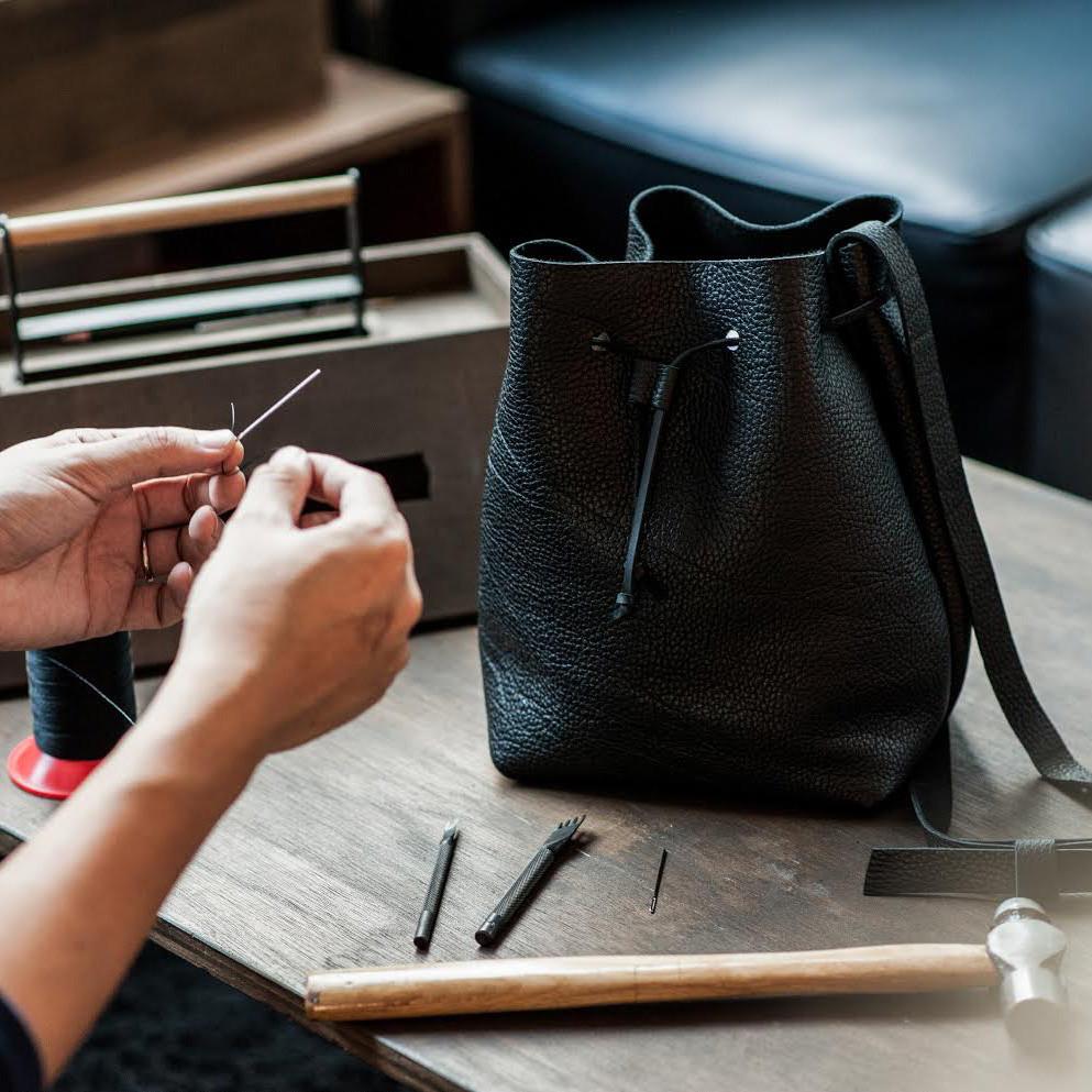 leather bag1.jpg
