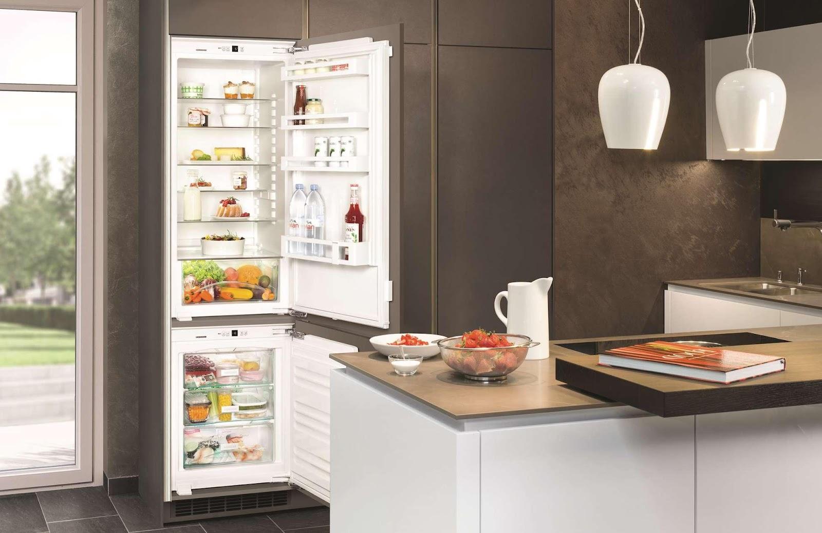 Вбудована комбінація Liebherr: холодильна камера: IK 2320, морозильна камера: IG 1024.