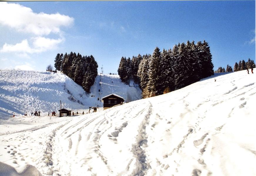 Ein Bild, das Schnee, Himmel, draußen, Natur enthält.  Automatisch generierte Beschreibung