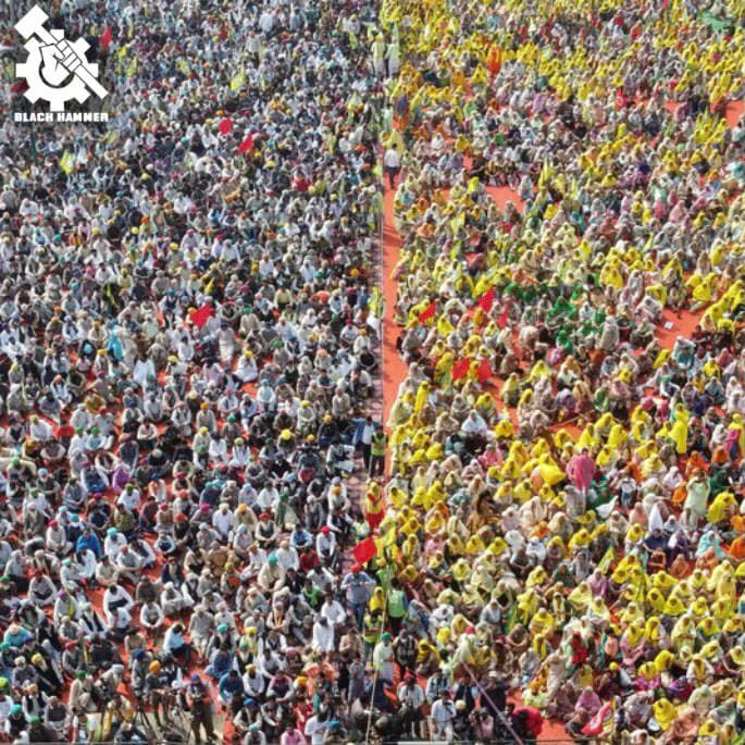 Crowd of thousands of protesters near New Delhi.