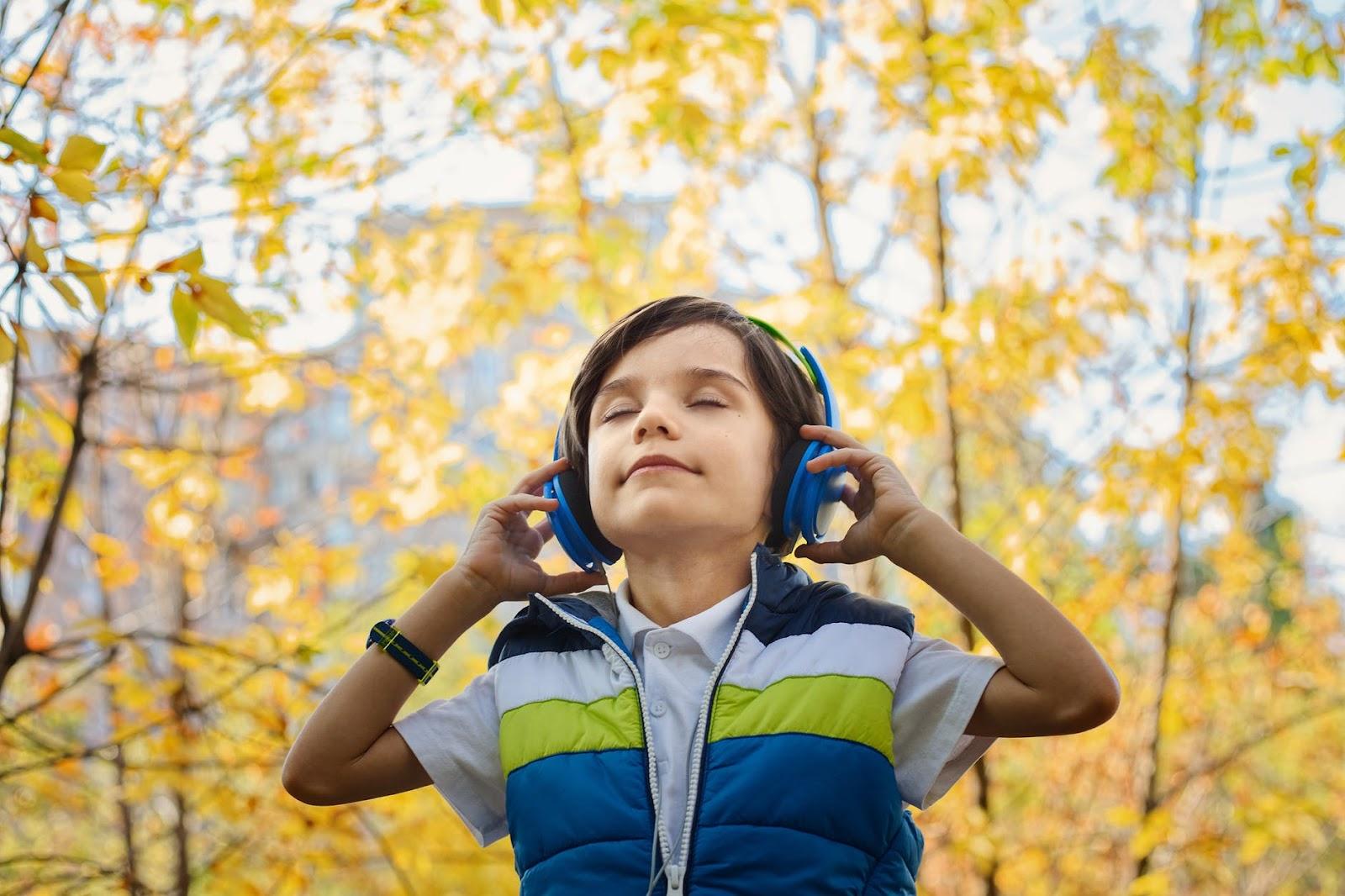 Không nên cho trẻ nghe tin tức tiếng Anh | ELSA Speak