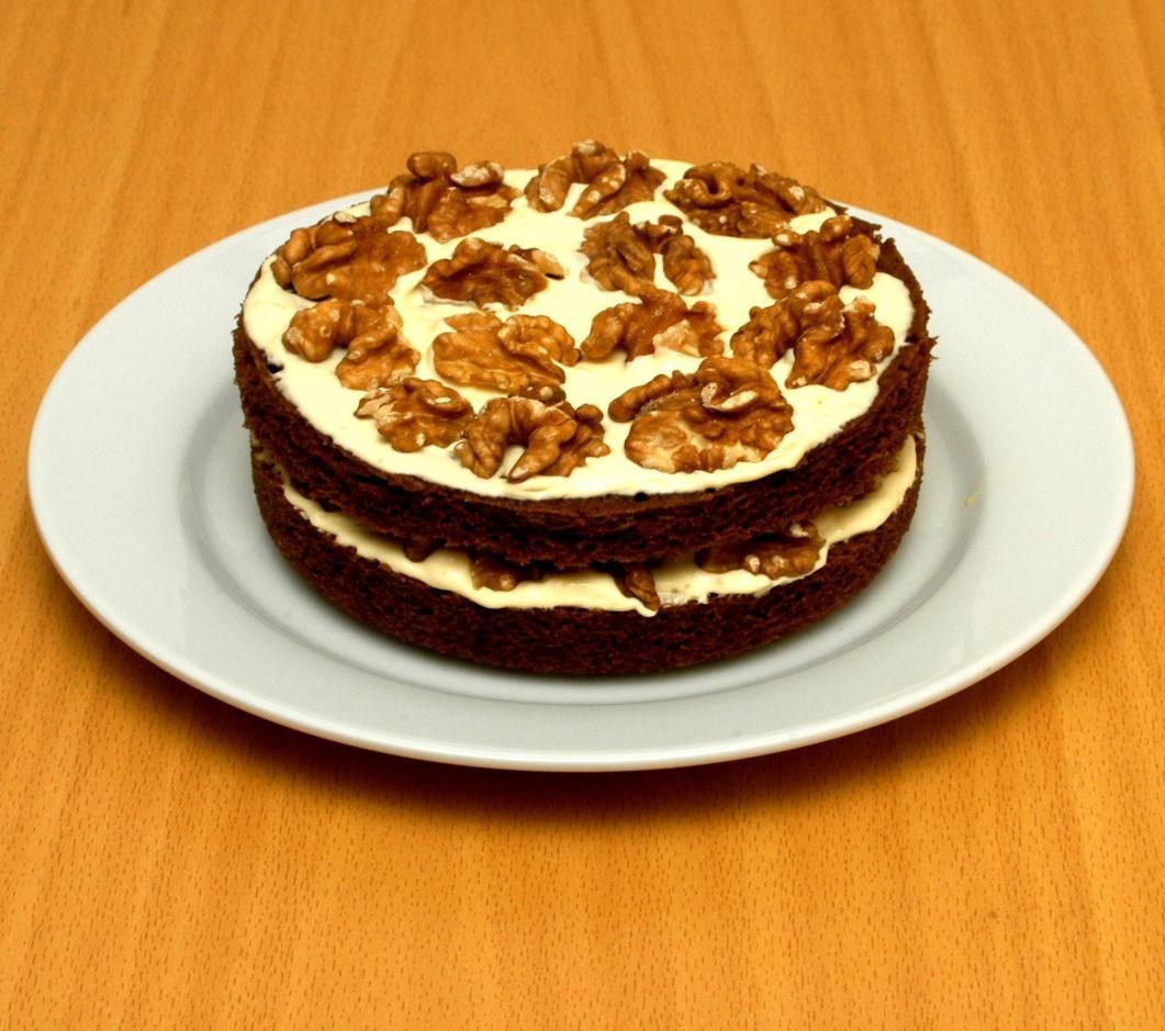 http://1.bp.blogspot.com/-Jn8BkiIZMw4/T2c1vIp_emI/AAAAAAAAAHQ/KeXPqJA3tEk/s1600/Coffee+and+Walnut+cake.JPG