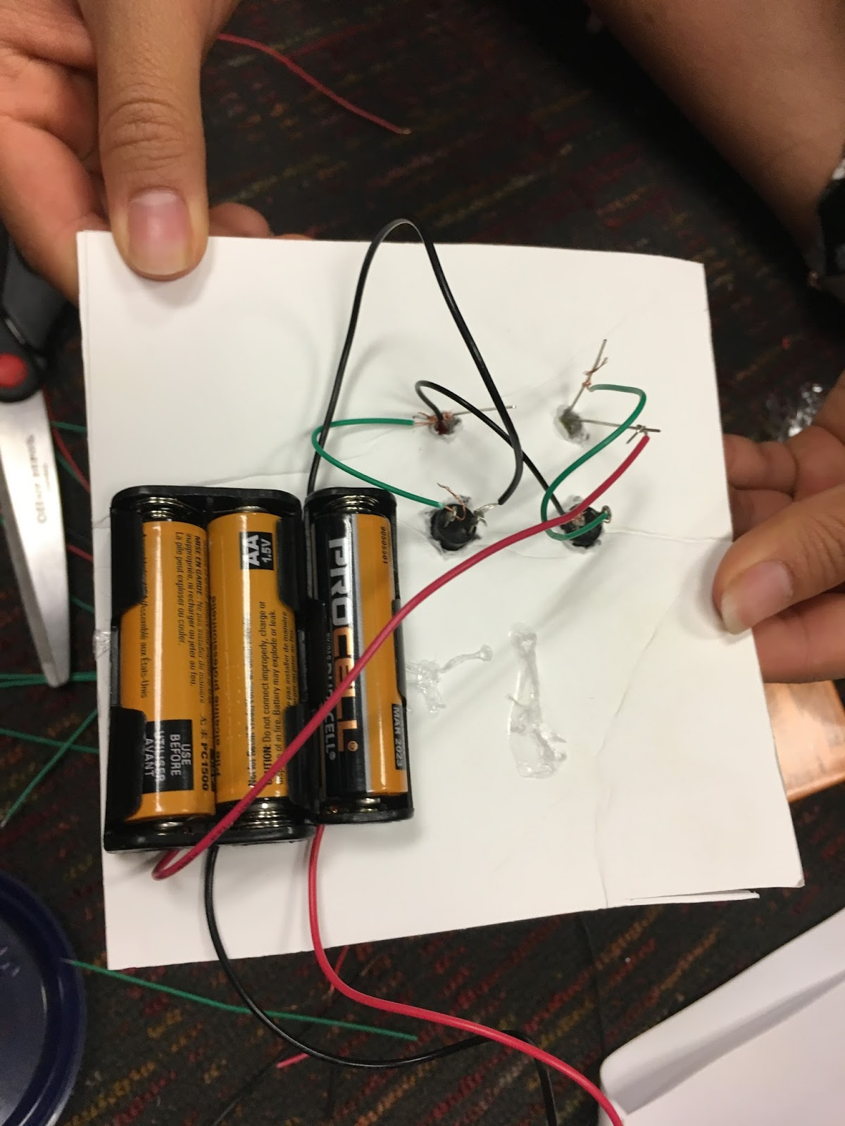 Logic Circuits 2017 Group 4 Usc Viterbi K 12 Outreach Wiring A Parallel Circuit Combined We Both The Series And To Create New Design Used Two Switches One Controlling Each Led Light