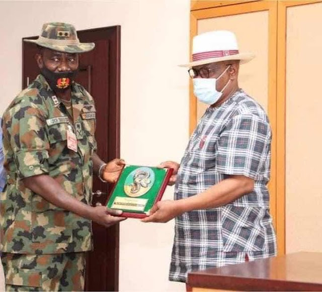 Governor Wike Charges new Army GOC to Shun Partisan Politics, Seeks Collaboration in fight Against Criminality