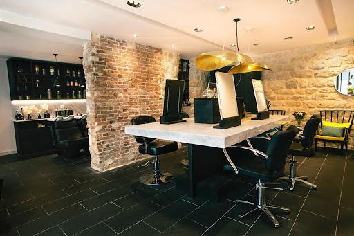 Amazing Salon De Coiffure Le Jardin Des Couleurs de Design - Photos ...