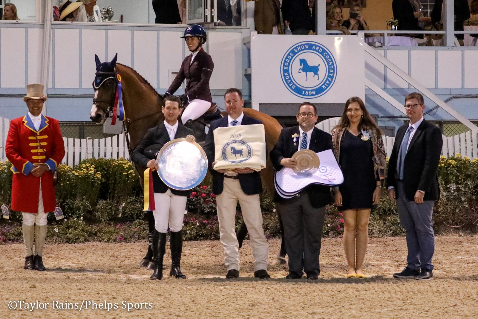2019 Devon Horse Show Open Jumper champions: Amanda Derbyshire (aboard Roulette BH) and McLain Ward