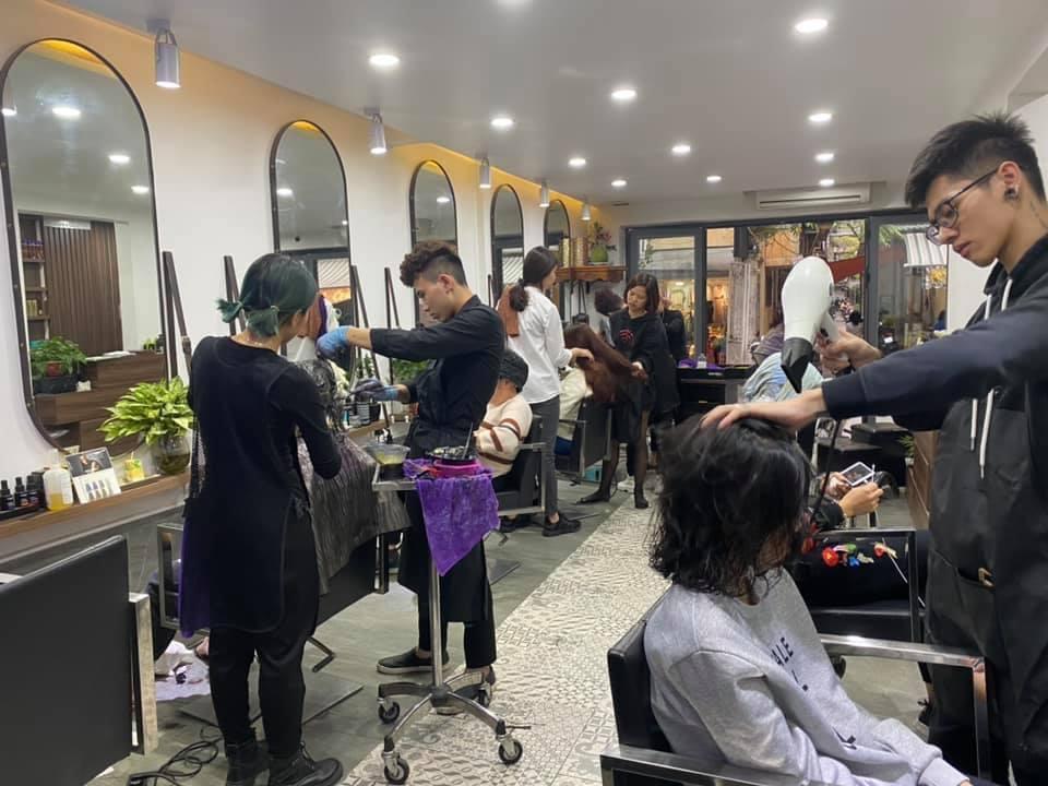 Thuy-Lan-salon-3