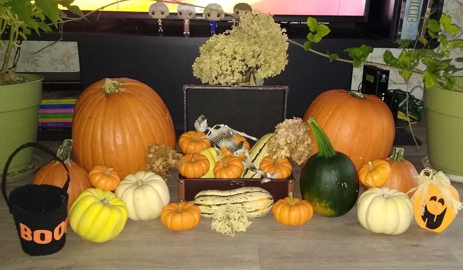 Halloween pumpkin decorations picture
