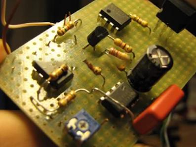Tụ điện dùng cho mạch tạo dao động