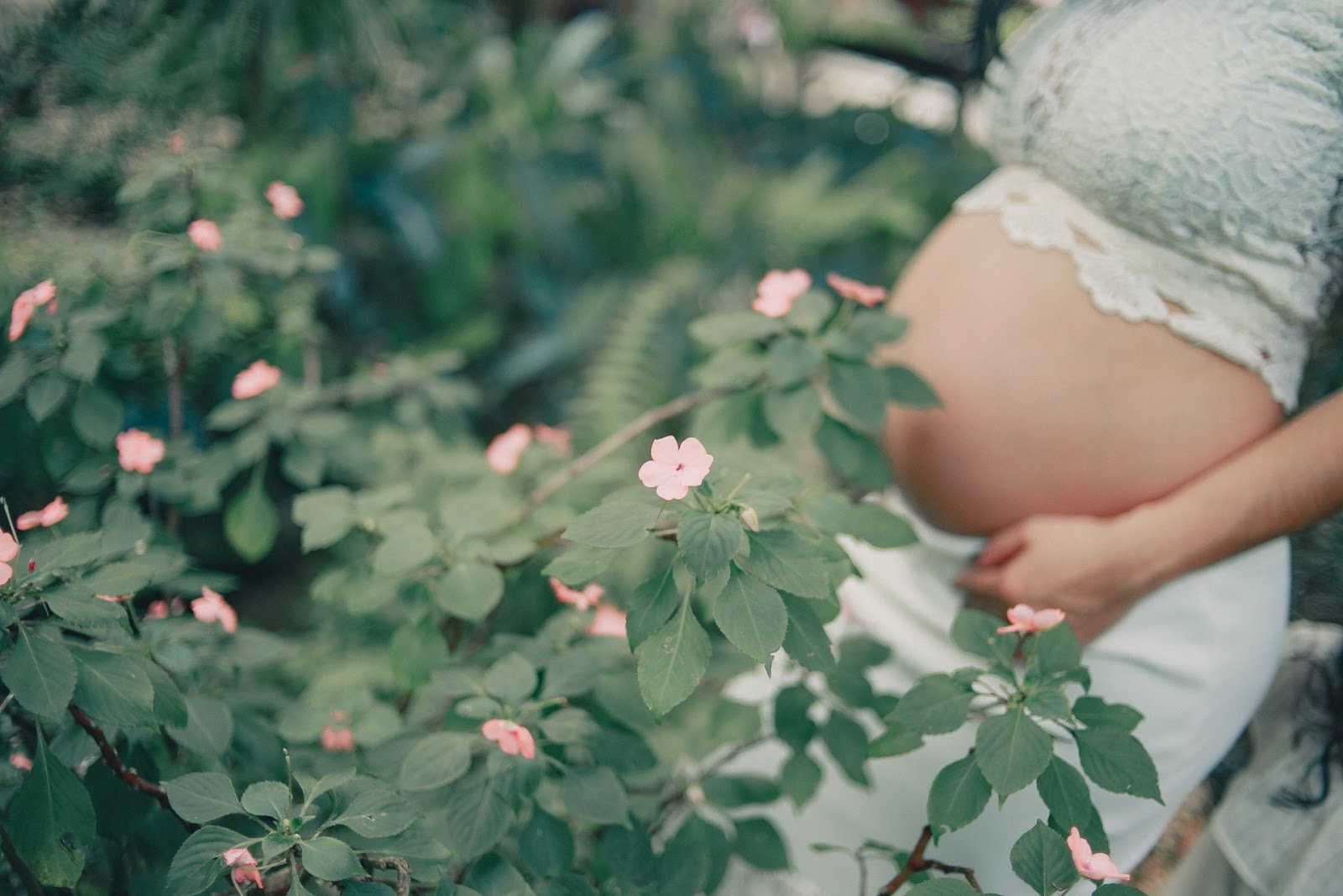 Pregnancy and Flowers
