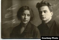Николай Зоря с женой Александрой Леонидовной Кудриной. Фото из семейного архива