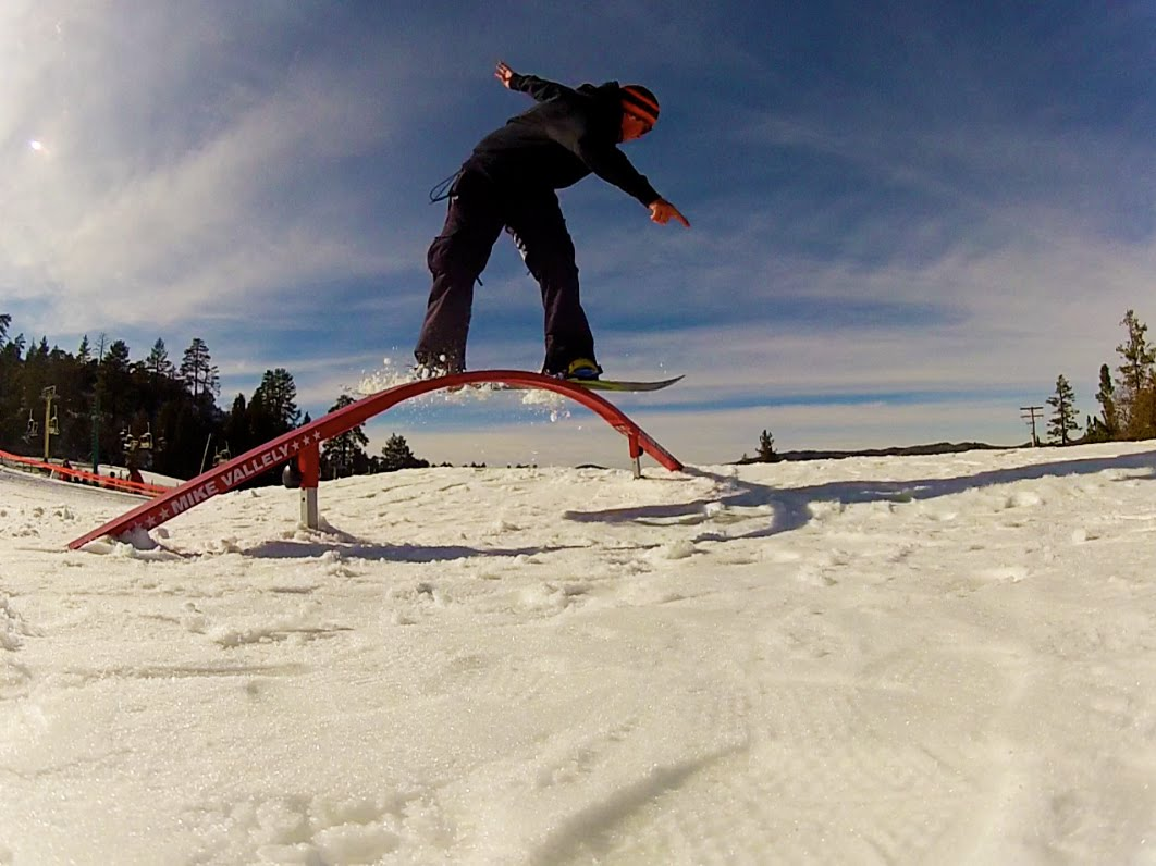 snowboard beginner grind