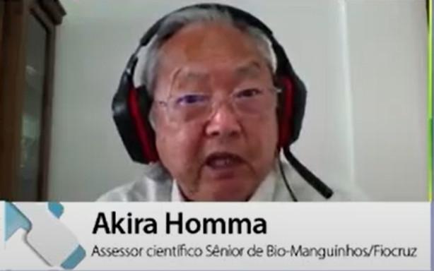 """""""Eu sou favor de usar a vacina inativada para não ter o vírus circulando no meio ambiente"""", disse Akira Homma. (Fonte: Summit Saúde Brasil 2020/Reprodução)"""