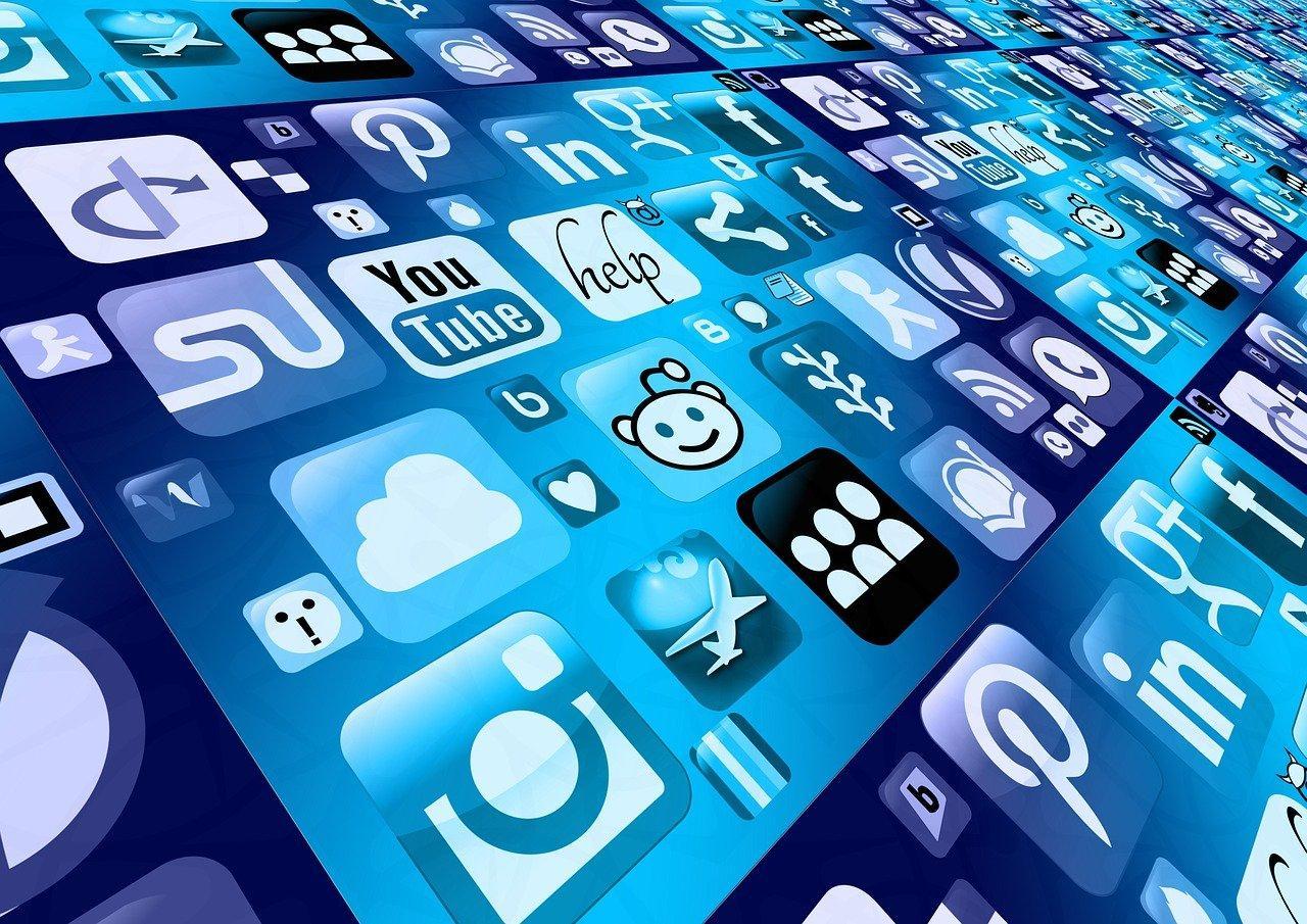 C:\Users\Dell\Desktop\mobile-phone-1087845_1280.jpg