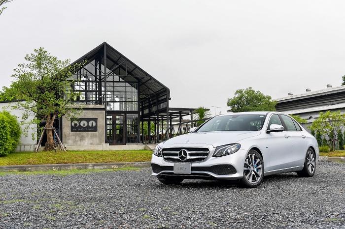 Mercedes-Benz E350e 2019 ลดราคาแล้วเหลือ 2.99 ล้านบาท