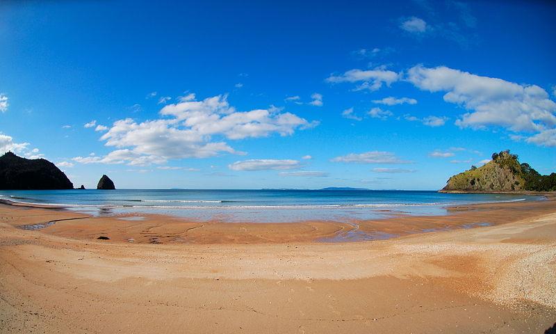 File:New Chums beach Whangapoua Waikato.jpg