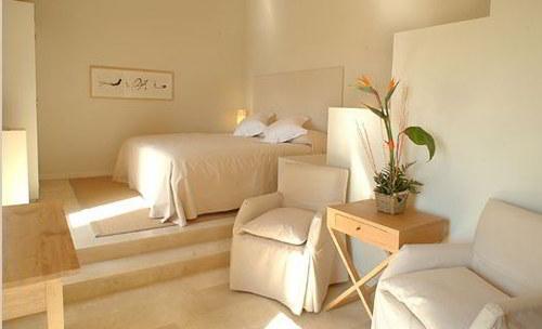 pintar dormitorio significado color crema