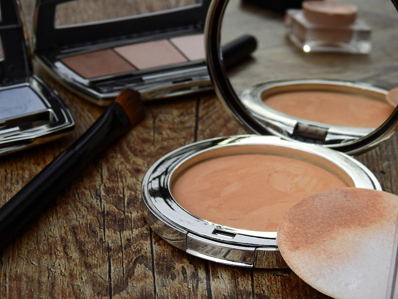 5 Brilliant Makeup Tricks for Looking Great in Photos 1