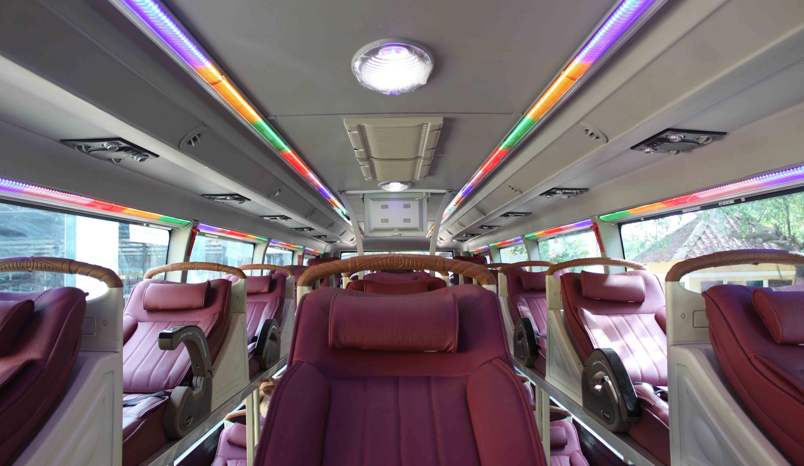 Nội thất xe Inter Bus Lines đi Sapa