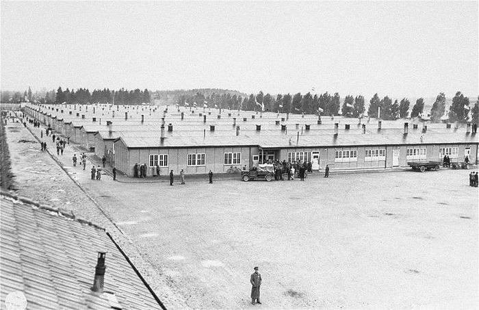 http://gosc.pl/files/12/04/29/681423_0pxPrisoners_barracks_dachau_34.jpg