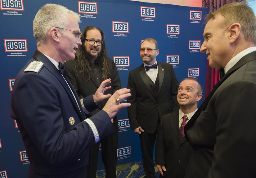 USO-Metro Honors Supporters of U.S. Military > U.S. DEPARTMENT OF ...