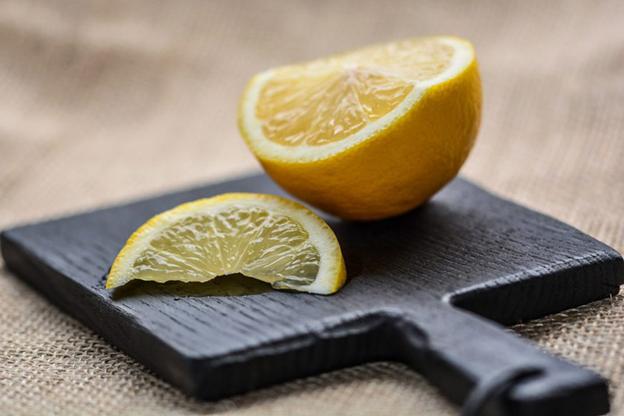 لیمو، از استفاده به عنوان میوه تا شارژ باتری