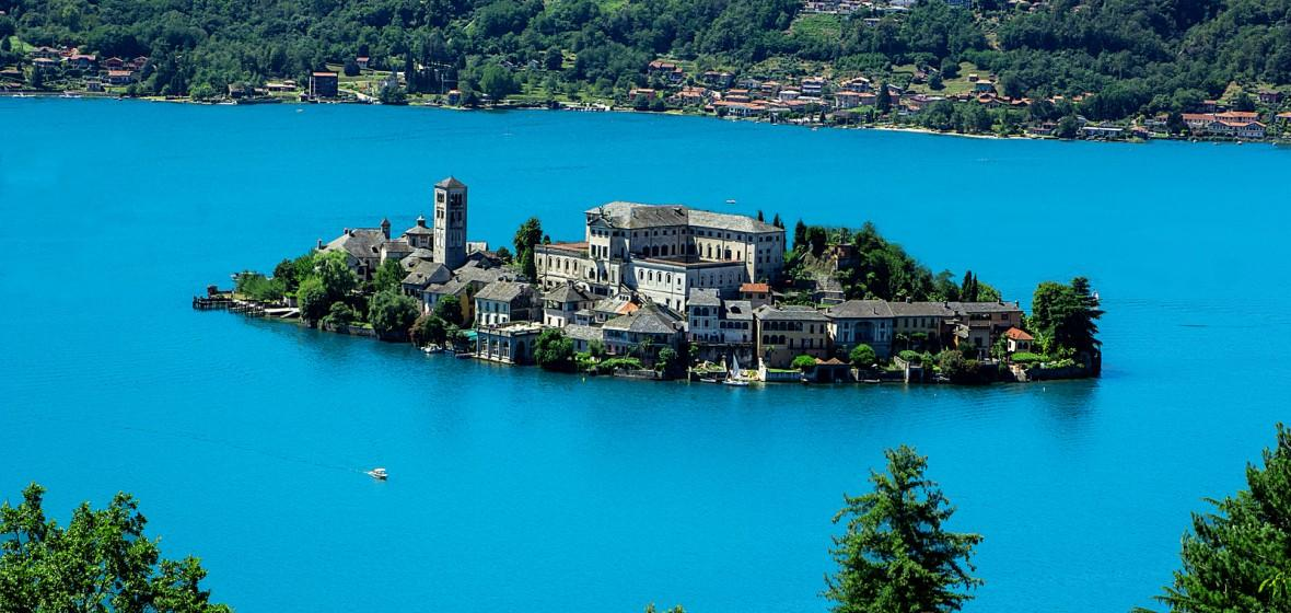 For those who love to swim: here are the best beaches of Lake Orta