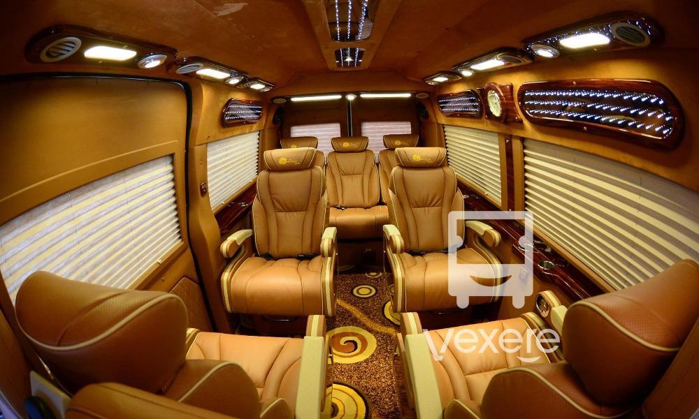 Dàn nội thất đầy tiện nghi của dòng xe Limousine đi Nam Ninh