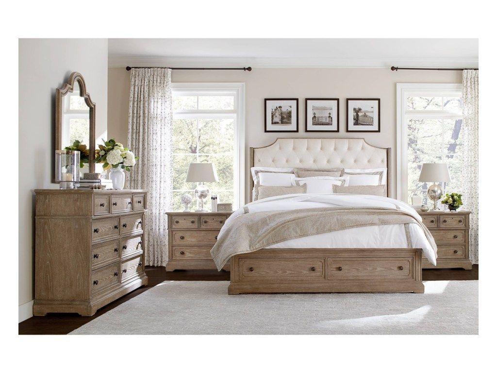 Nội thất gỗ tự nhiên phong cách cổ điển