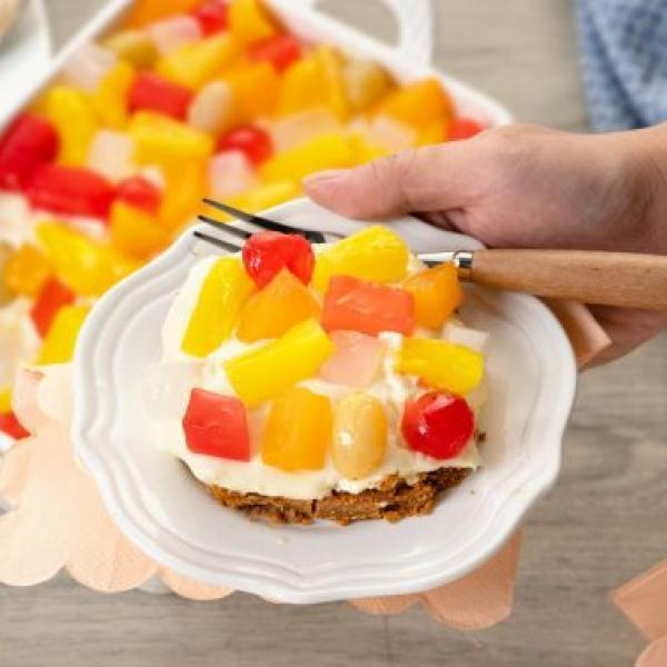 kids snacks ideas creamy fruit and graham ref cake