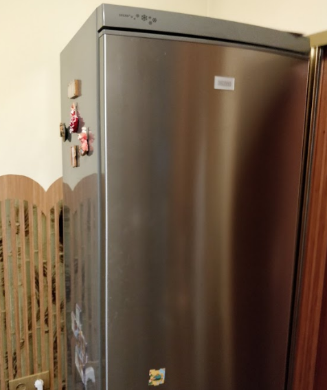 Холодильник рядом с плитой, есть ли проблема?