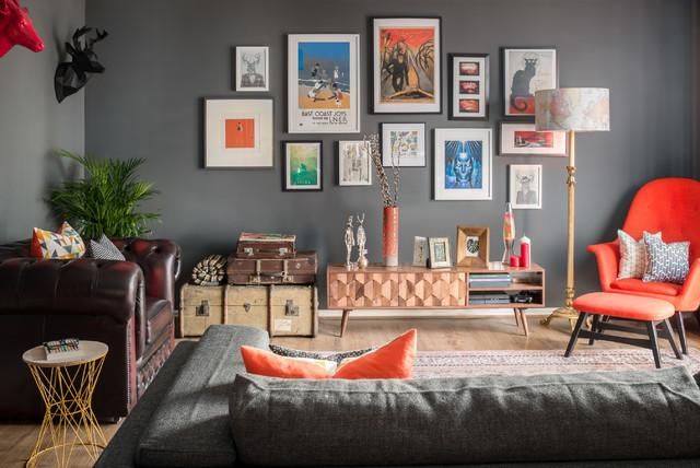 Desain eclectic dapat juga dijadikan galeri seni pribadi - source: houzz.co.uk