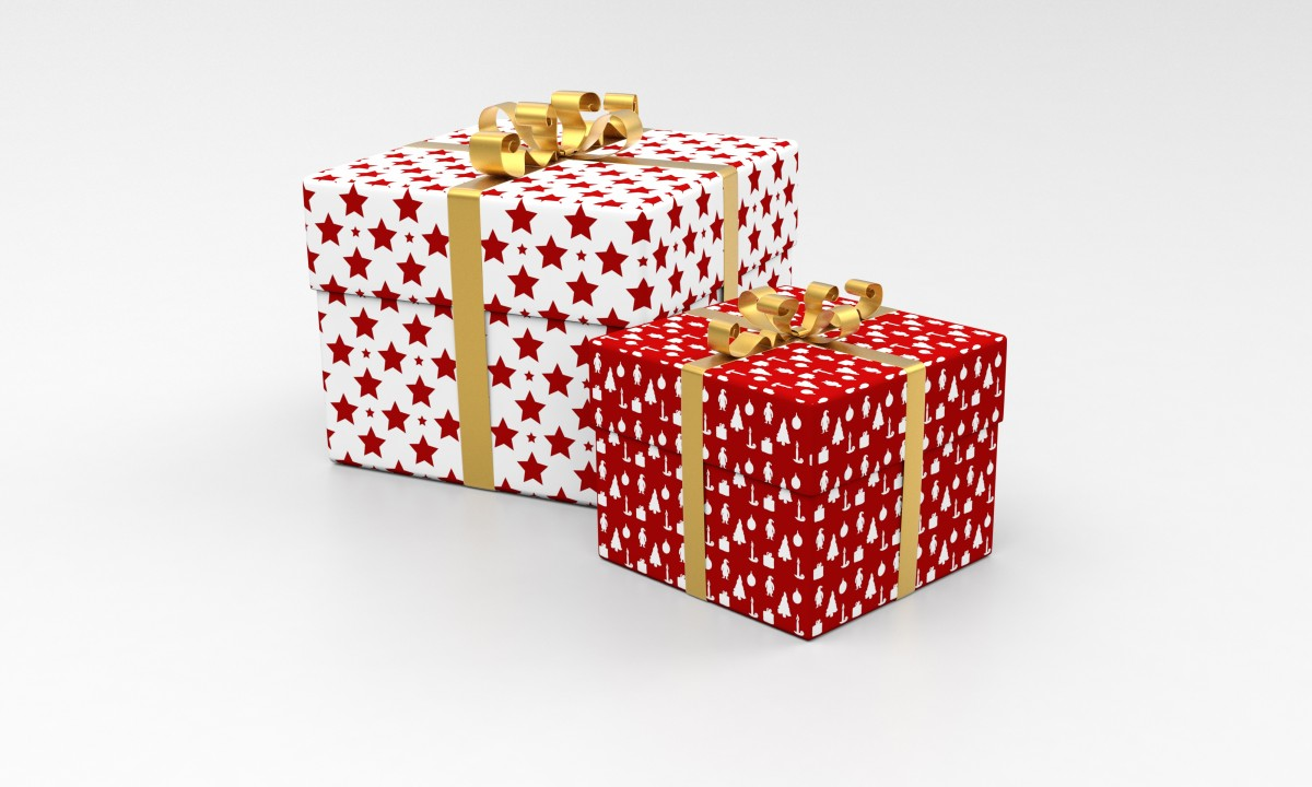 celebration waiting heart gift decoration pattern golden reflection red symbol square holiday box shopping candle christmas paper christmas tree ribbon festive package ornament santa celebrate present inside gold design happy stars decorative mirror sparkling new for question anniversary valentine packaging shiny xmas games birthday curious surprise wrap what indoor games and sports giftbox