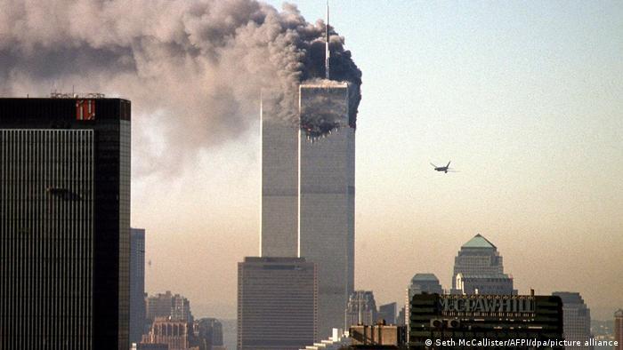 برخورد هواپیماهای مسافربری به برجهای دوقلوی تجارت جهانی در نیویورک