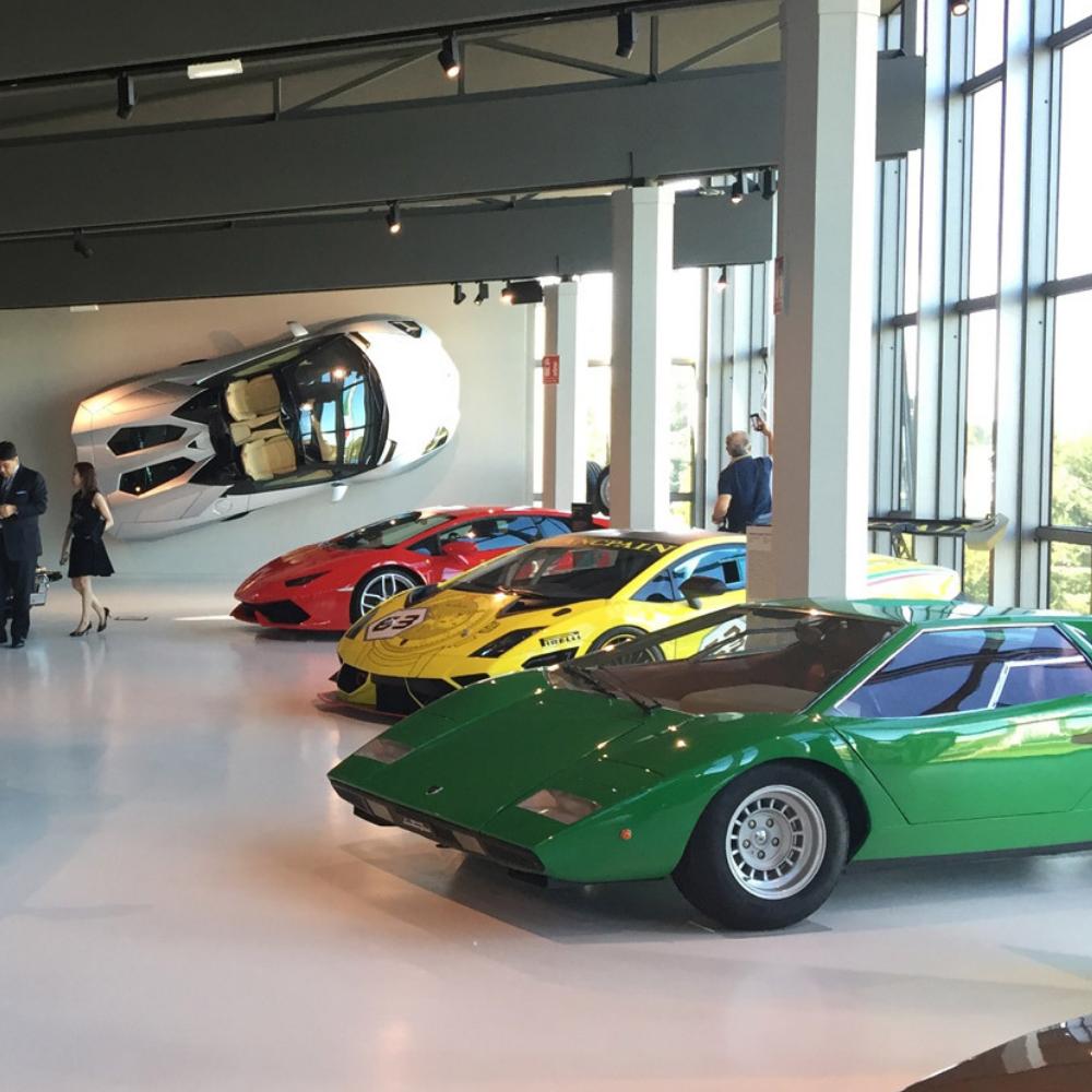 Lamborghini car models in different colors