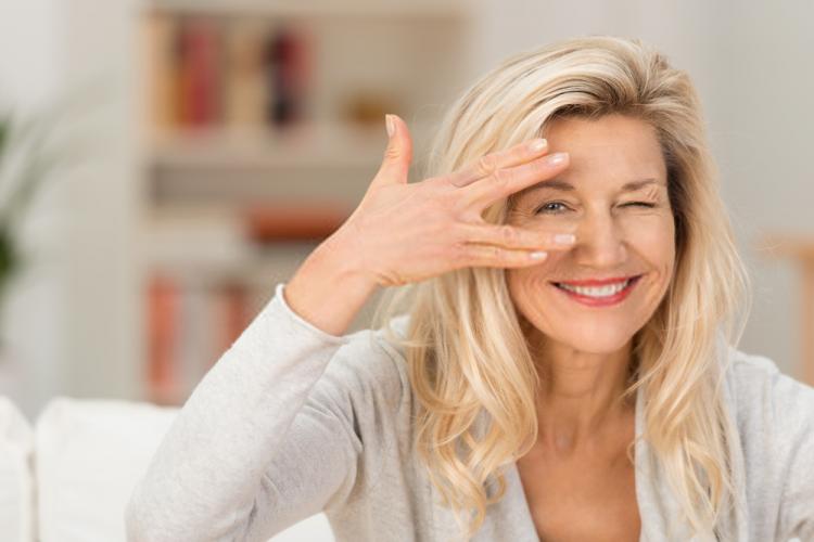 tác dụng của vitamin E giúp hỗ trợ thị lực