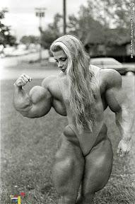 Hannie Van Aken female muscle morph