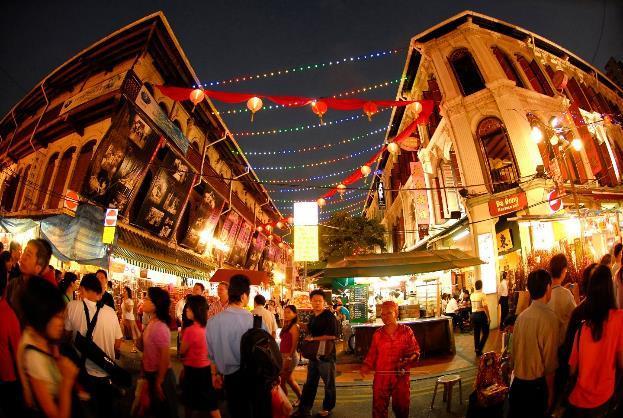 Hasil gambar untuk chinatown singapore